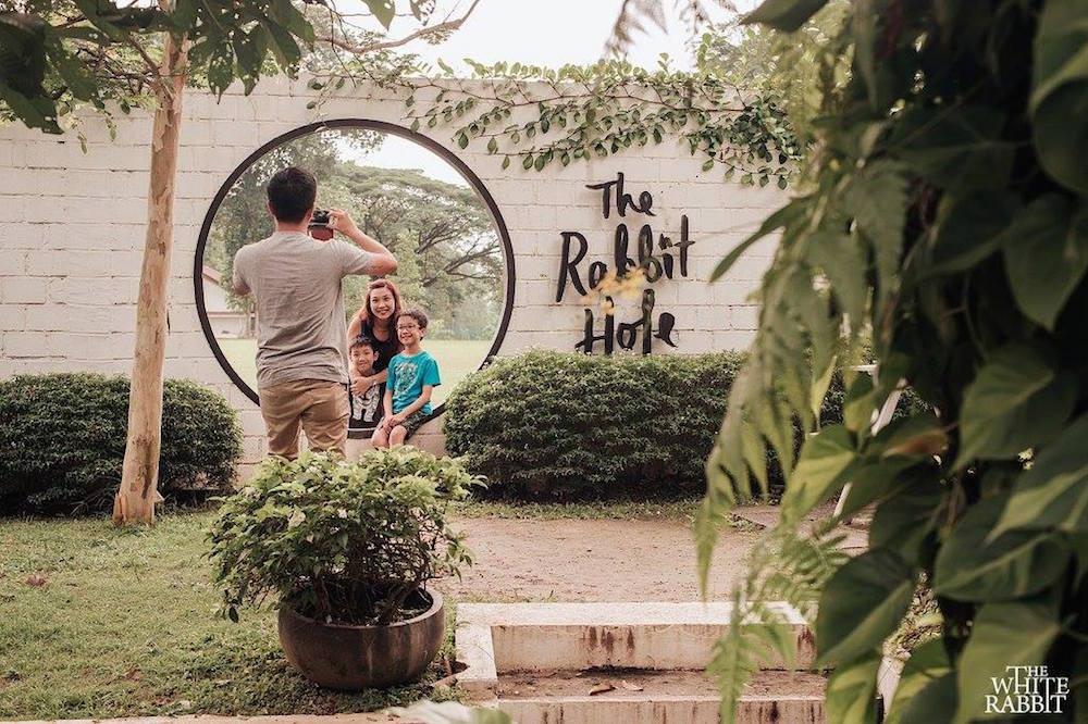 Places To Celebrate Birthday In Singapore - white rabbit hole